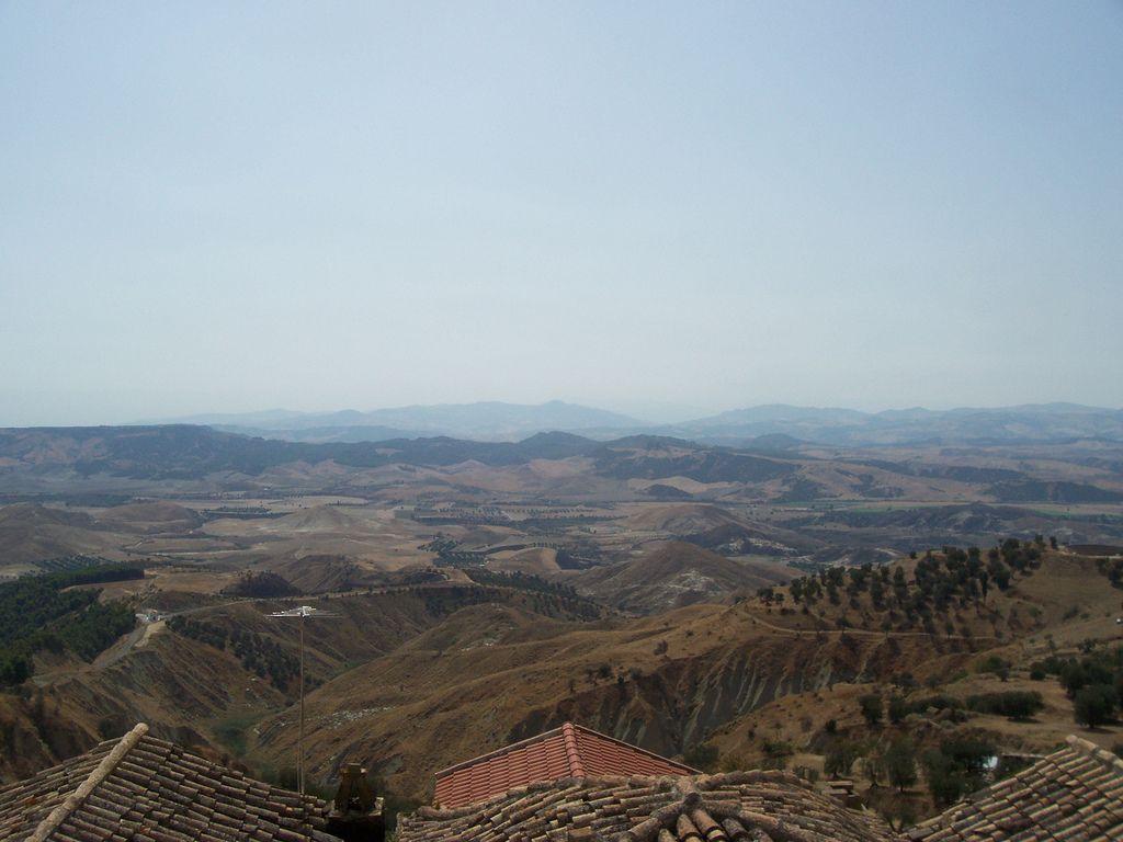 Basilicata, una regione caratterizzata da montagne - VisitItaly