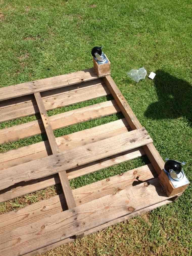 Fabriquer salon de jardin en palette de bois - tuto canapé et table ...