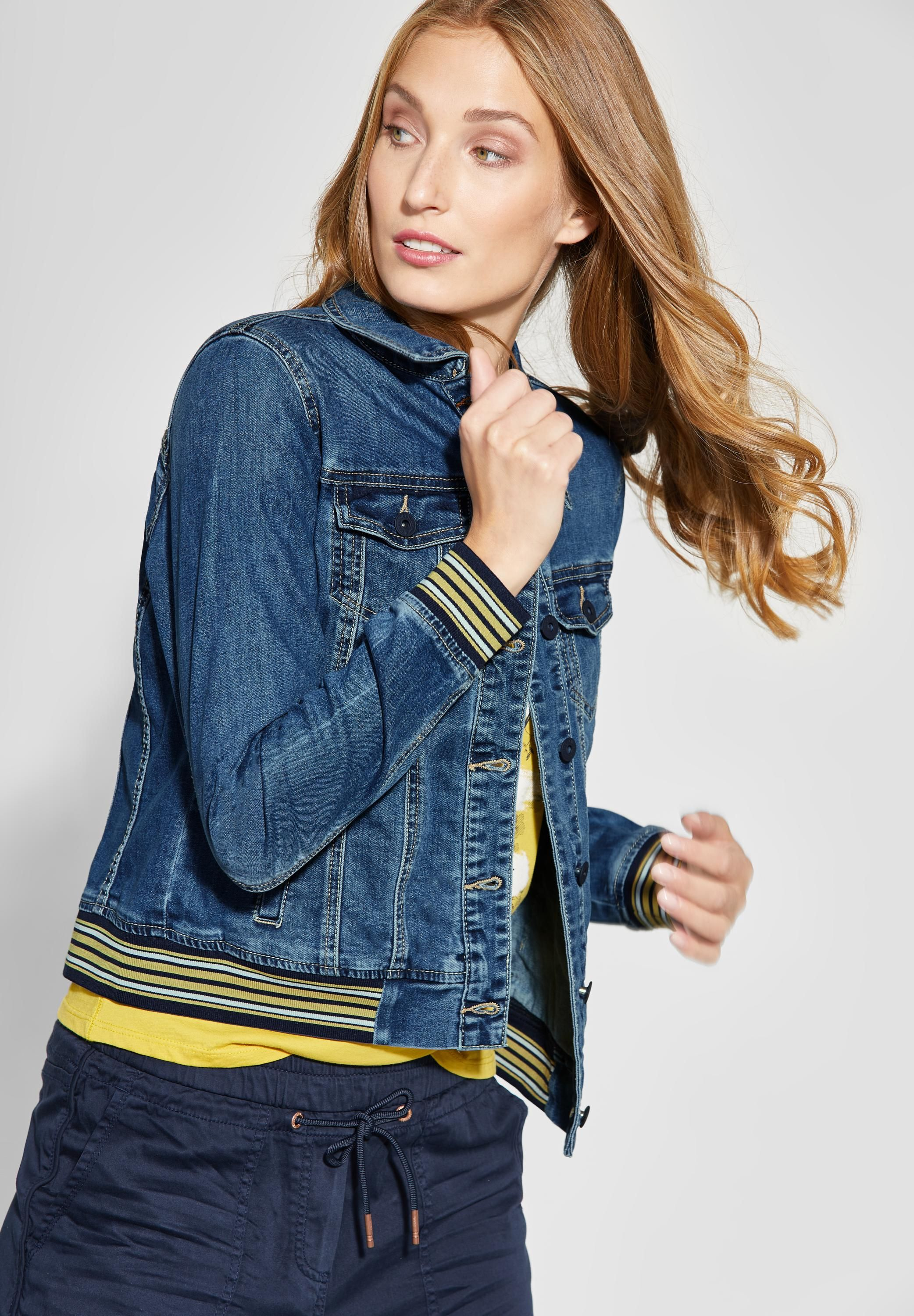 Denimjacke Blue Wash Mit In Collagedetail Mid Cecil shrQCxtd