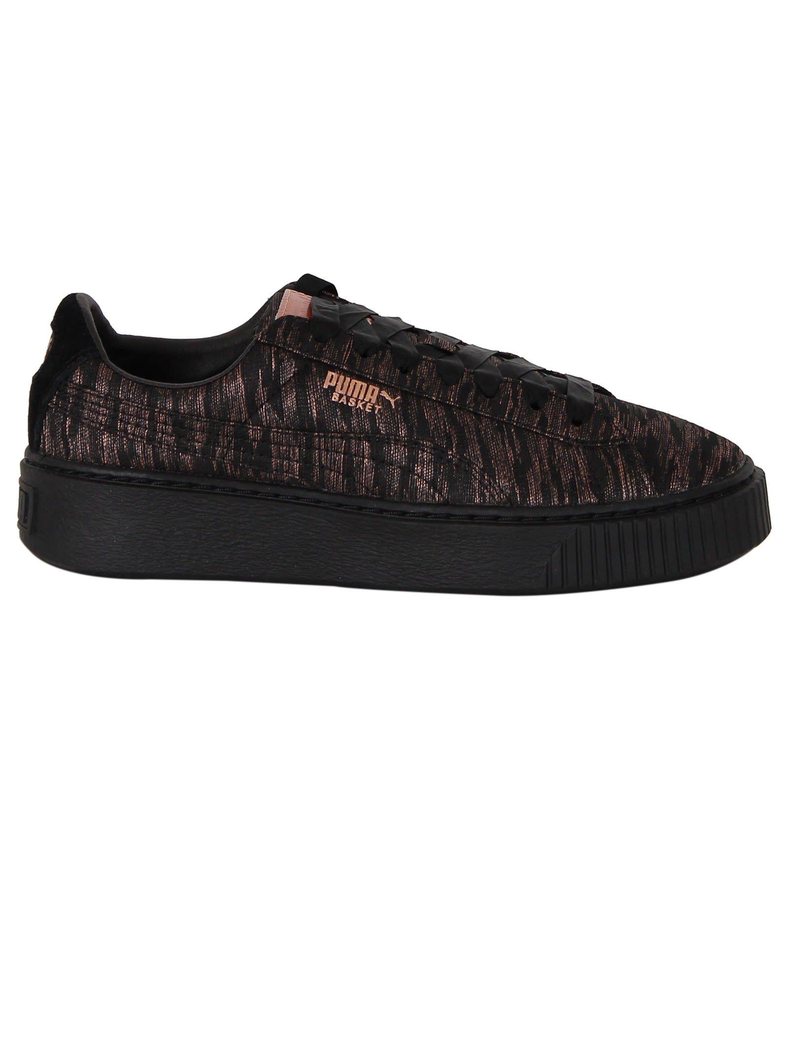 lowest price f94a3 f1494 PUMA   Puma Puma Black Basket Platform Vr Sneakers  Shoes  Sneakers  PUMA