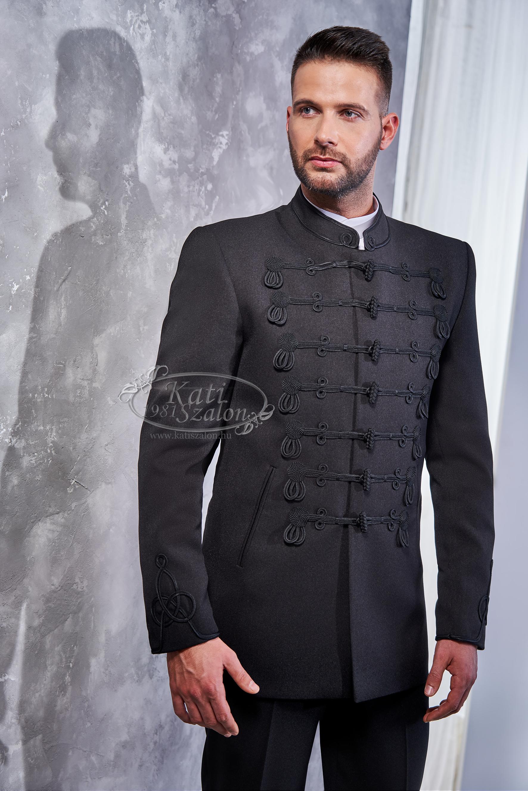 Attila öltöny attila viselet.
