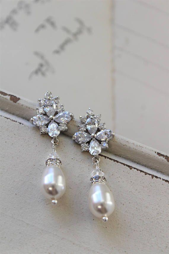 Pearl Earrings Bridal Vintage Style Crystal