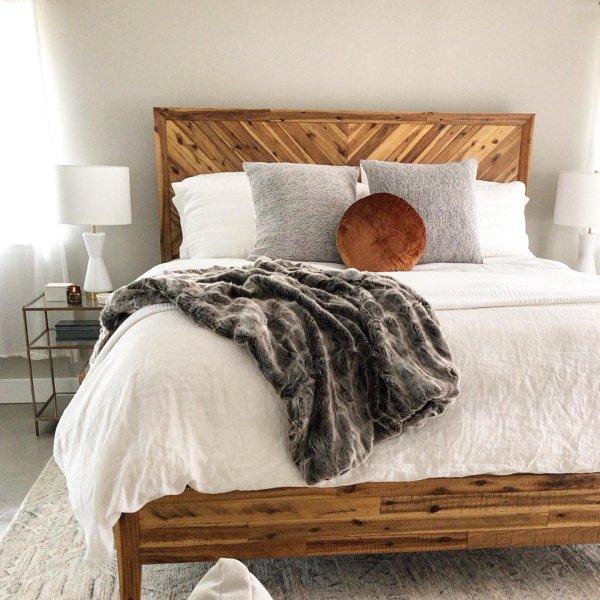 Alexa Reclaimed Wood Bed In 2020 Home Decor Bedroom Wood Headboard Bedroom Reclaimed Wood Beds