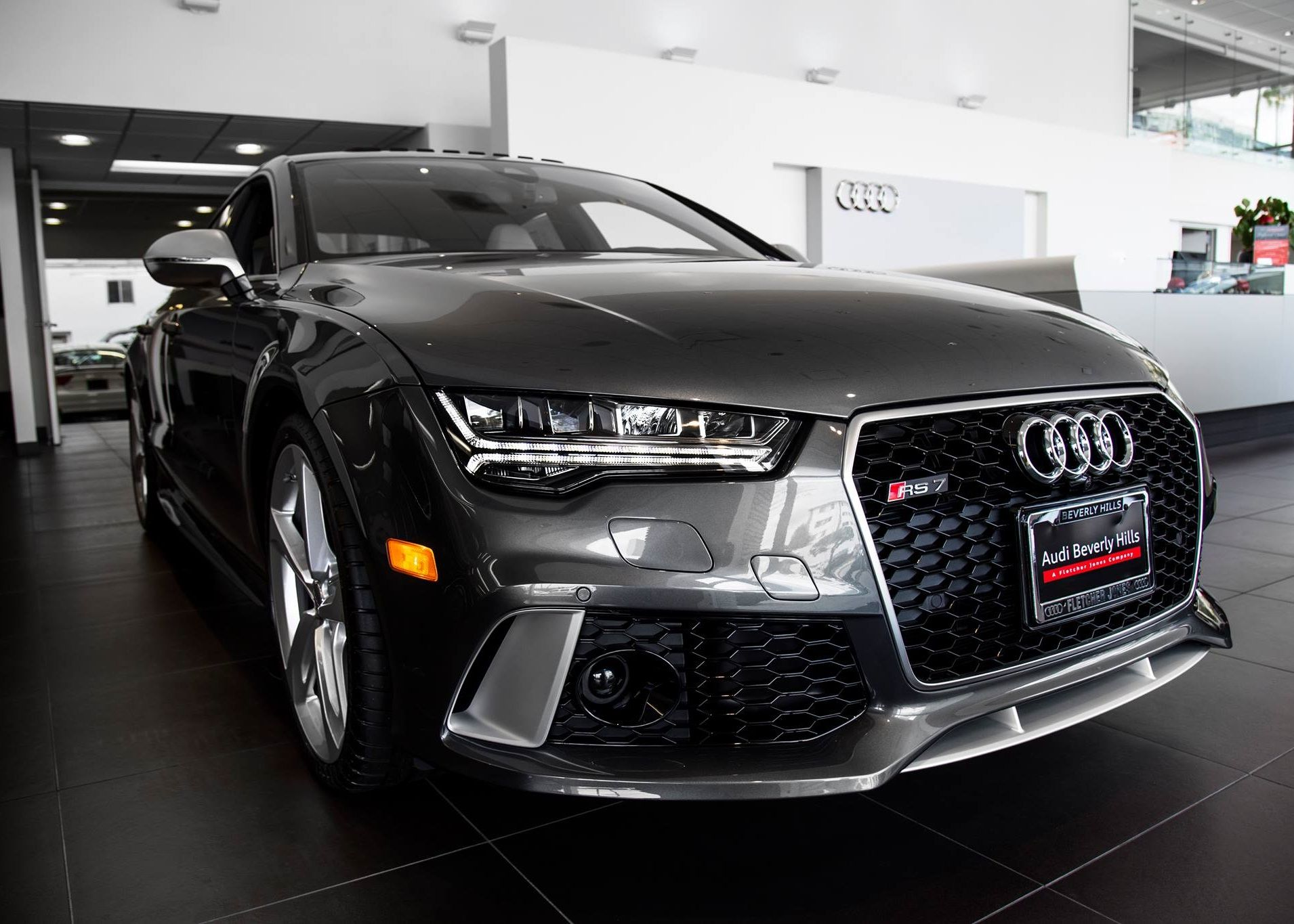 Audi Rs7 In Daytona Grey Pearl Effect With Lunar Silver Interior And