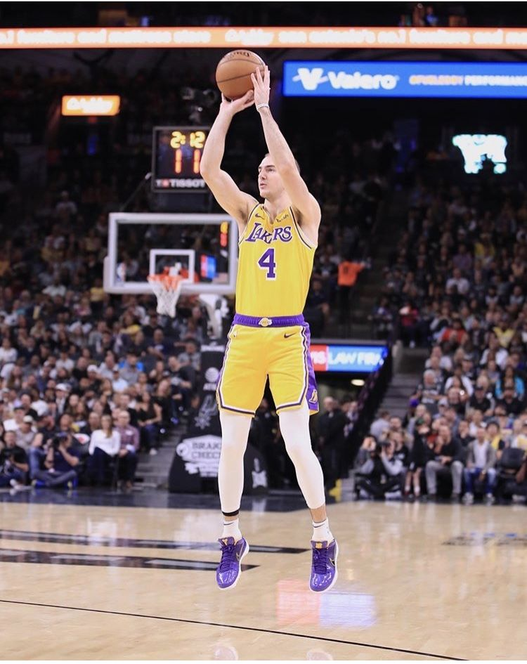 Alex Caruso Los Angeles Lakers Los Angeles Lakers Basketball Court Basketball