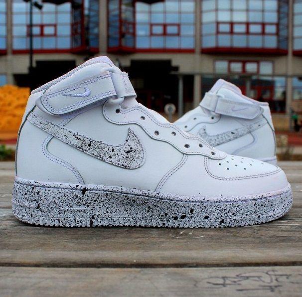 quality design 94312 4fd7a Nike Air Force 1 Oreo Custom