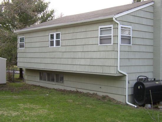 Dallas Fort Worth And Surrounding Suburb Homeowners Can Expect Exceptional Service From Ned Stevens Gutter Cleanin Gutters How To Install Gutters House Gutters