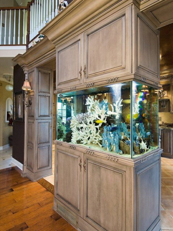 La Decoration Avec Un Meuble Aquarium Archzine Fr Aquarium Mural Meuble Aquarium Aquarium Avec Meuble