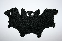 Ravelry: Bat Applique pattern by Nana Sue