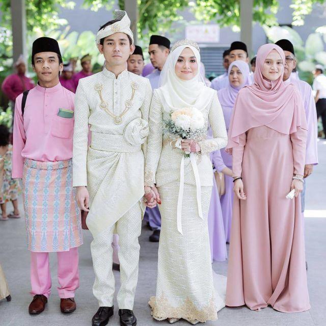 Contoh Gambar Batik Tanpa Warna: Konsep Pengantin Melayu Berhijab: Simpel Dan Sederhana