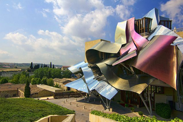 Bodegas marqu s de riscal espa a vinos arquitectura - Arquitecto bodegas marques de riscal ...