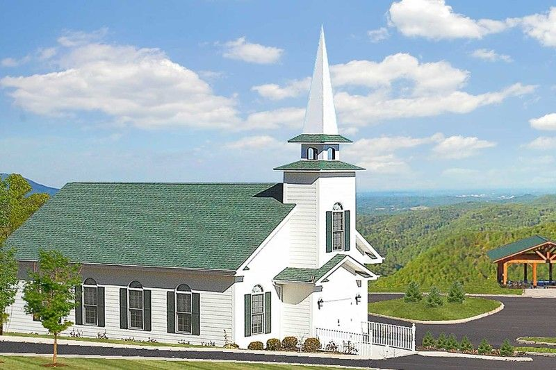 Located Off The Beaten Path Near Pigeon Forge And Gatlinburg Our Wedding Chapel Features A Pea Smoky Mountain Wedding Smoky Mountains Mountain Wedding Photos