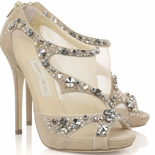 Cream Jimmy Choo Wedding Pumps. Love em!