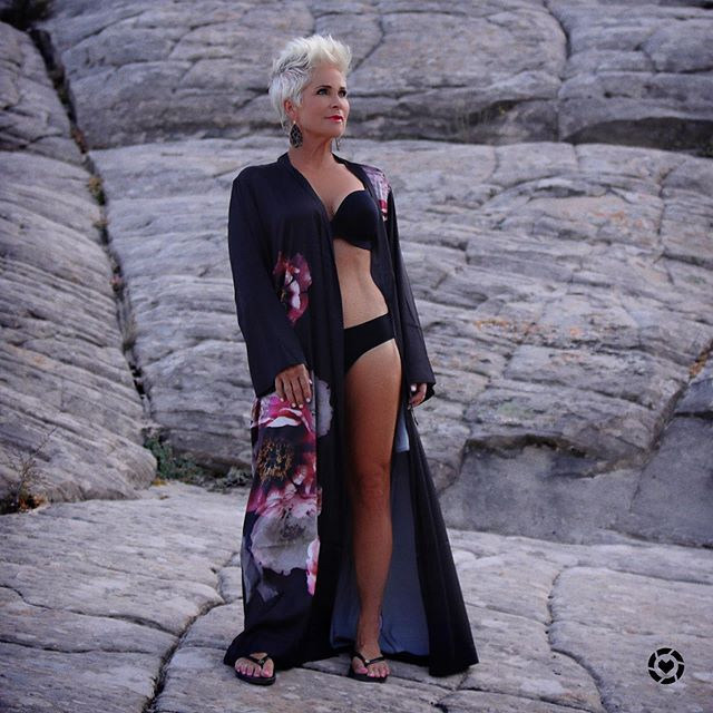 About Chic - Chic Over 50