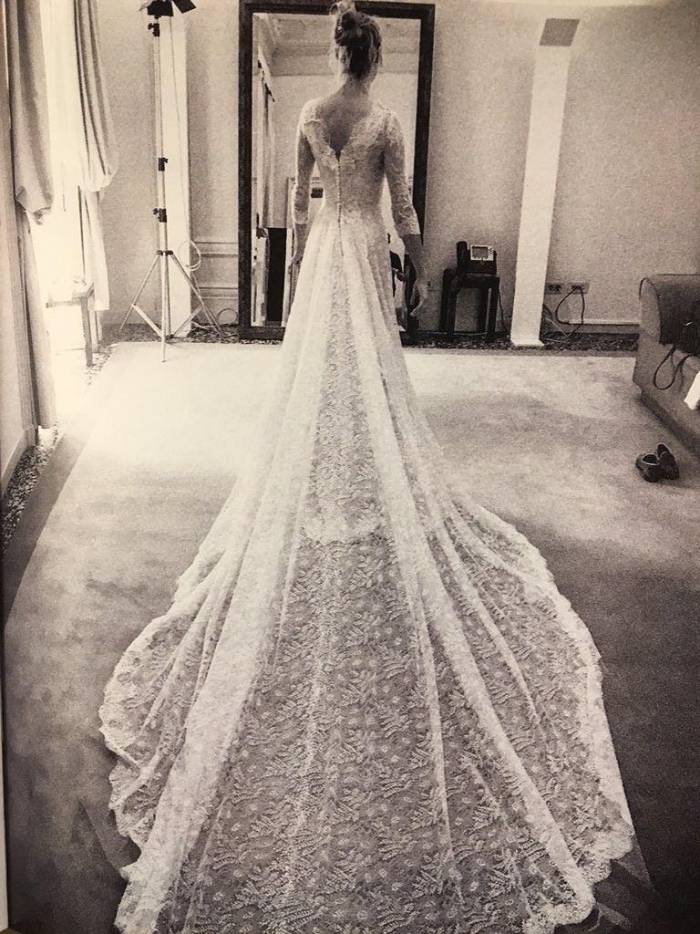 Beatrice Borromeo Shared Never Before Seen Wedding Photos Royal Wedding Gowns Beautiful Wedding Dresses Wedding Dresses Photos