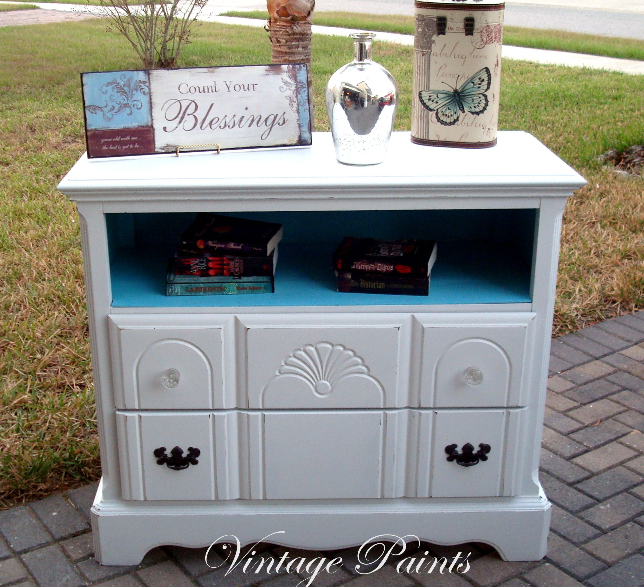 Painted This In Benjamin Moore S White Dove With Sherwin Williams Slick Blue Where The Missing Drawer Was It Now A Media Console For