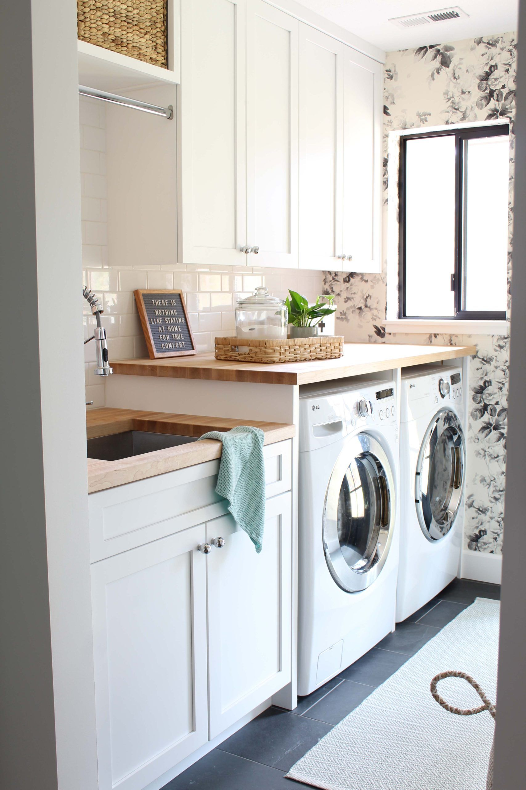 Modern Floral Laundry Room Makeover In 2020 Laundry Room Makeover Room Makeover Laundry Room