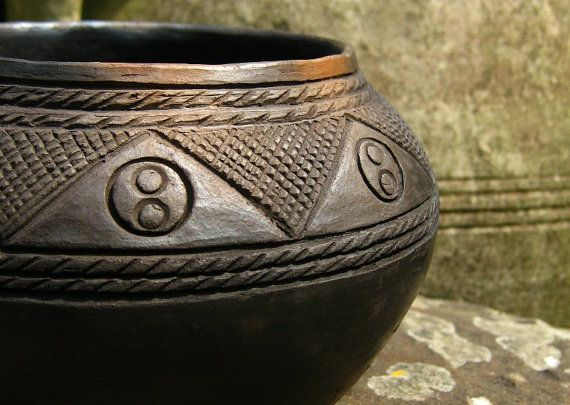Glastonbury Bowl Woodfired replica Celtic Ironage by EarthenMe, £68.00