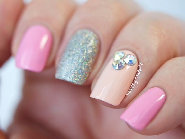 Subtle-Bling-Nail-Art | ♥ NAILS :: Nails :: nails ♥ | Pinterest ...