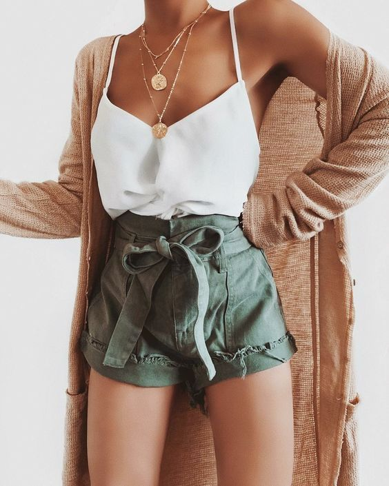 23 Summer Fashion Outfits For Teens,  #edgysummeroutfits #Fashion #outfits