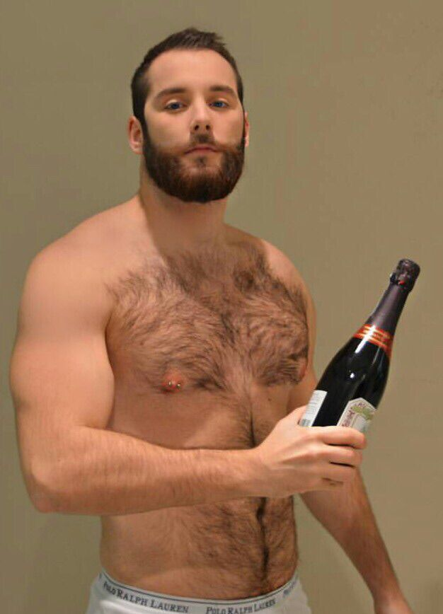 Hot Bearded Man With Sex Porn - All about gay men, sex and porn