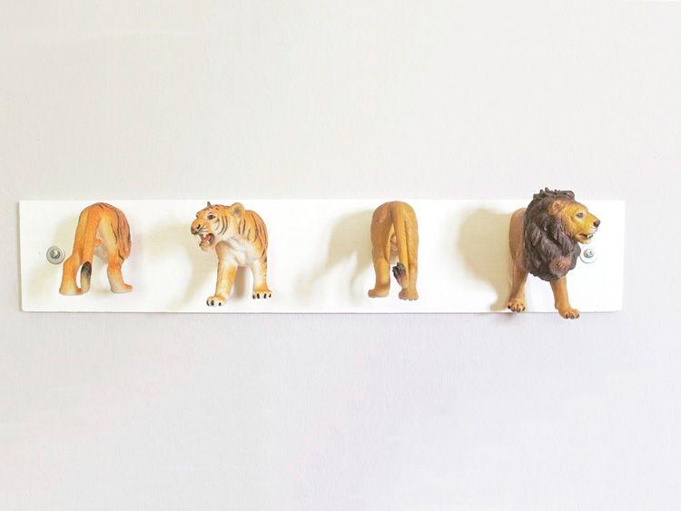 Diy anleitung: garderobe aus tierfiguren selber machen via dawanda ...