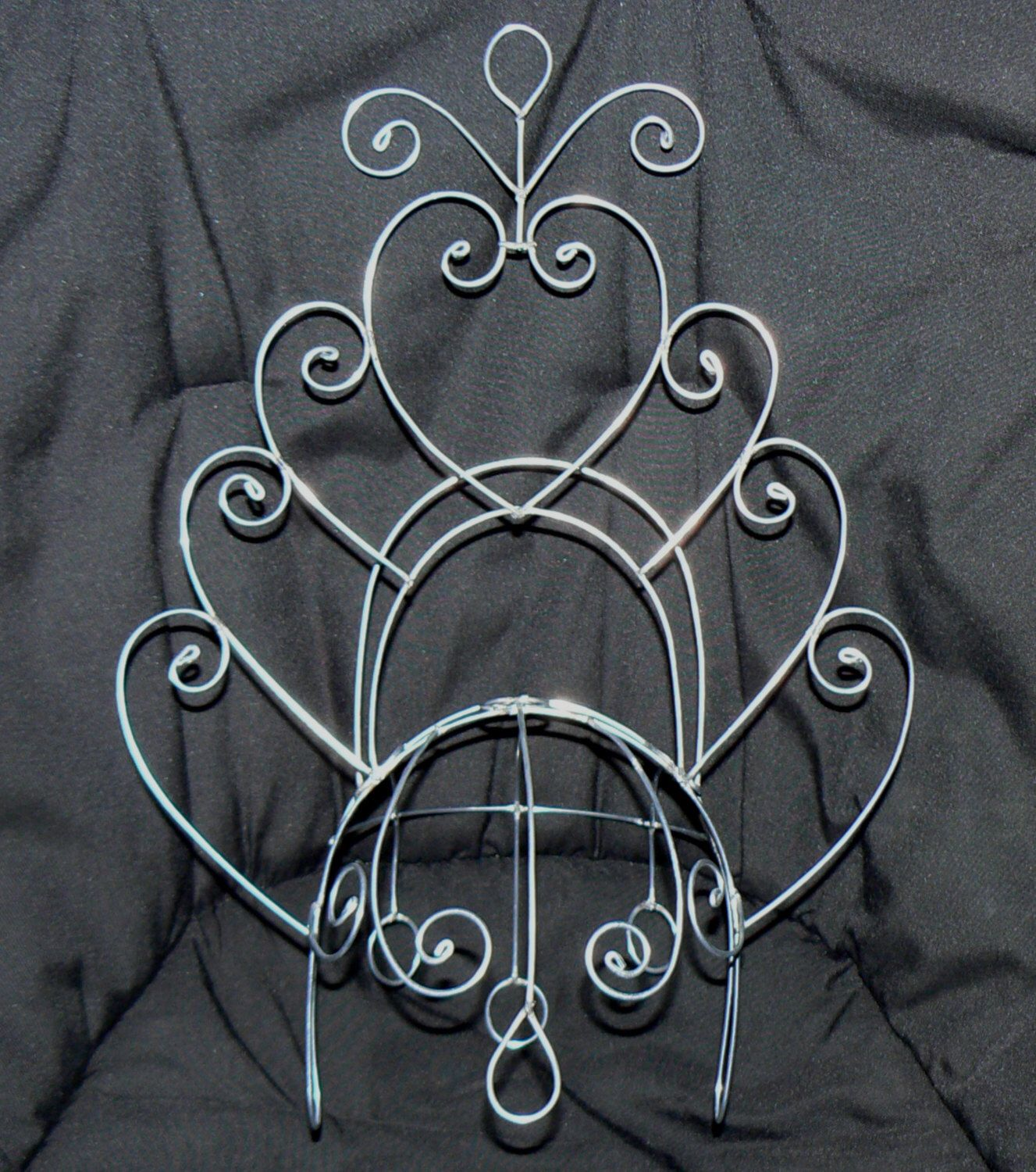 samba aphrodite headdress wire frame design custom made by geckomeister on etsy https