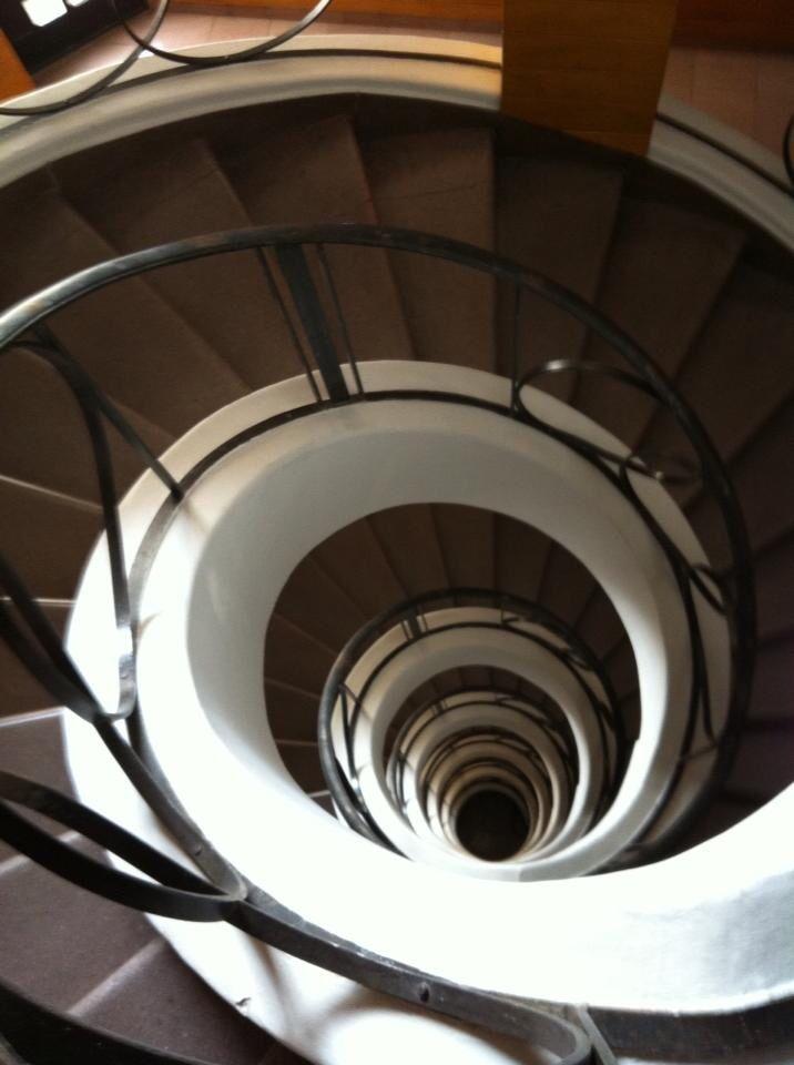 Escalera edificio Basurto Colonia Hipódromo condesa 1942 estilo post Deco, México DF