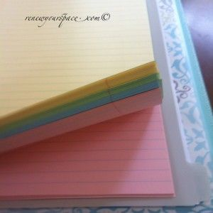 Colored paper makes note-taking more fun! #filofax #bschool #schoolsupplies