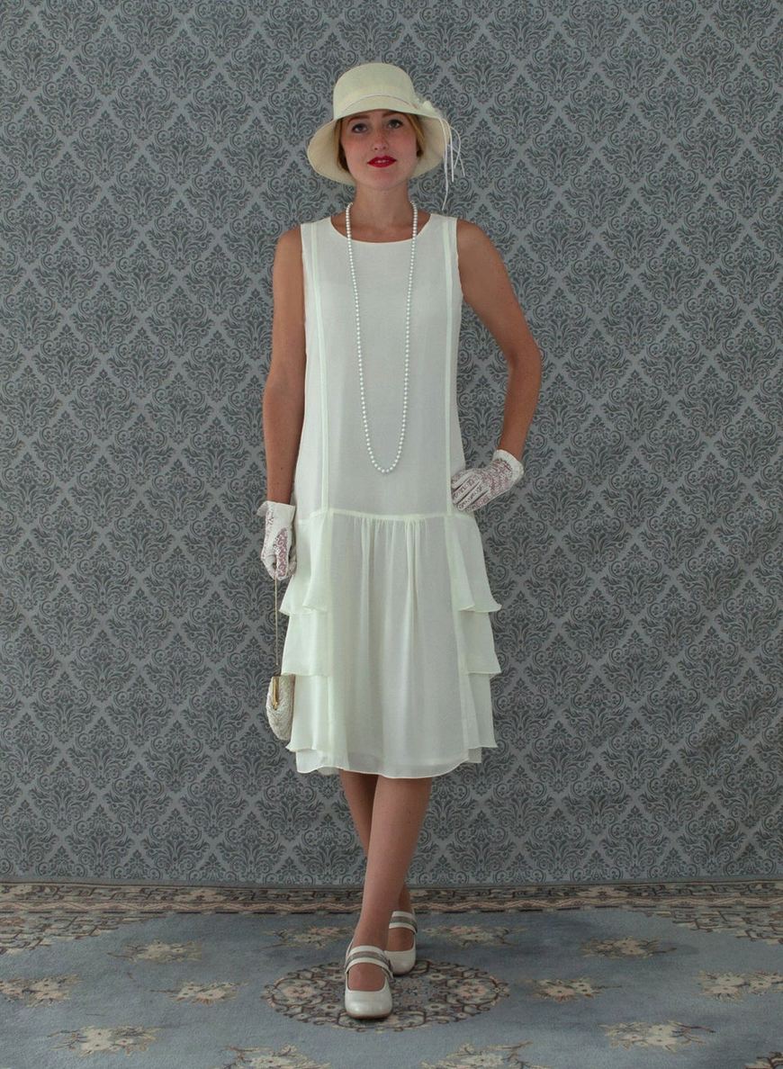 A Darling 1920s Inspired Dress In Cream With Tiered Skirt Roaring 20s Fashion Great Gatsby Dress 1920s Flapper Dress Downton Abbey Dress In 2020 1920s Inspired Dresses High Tea Dress Dresses