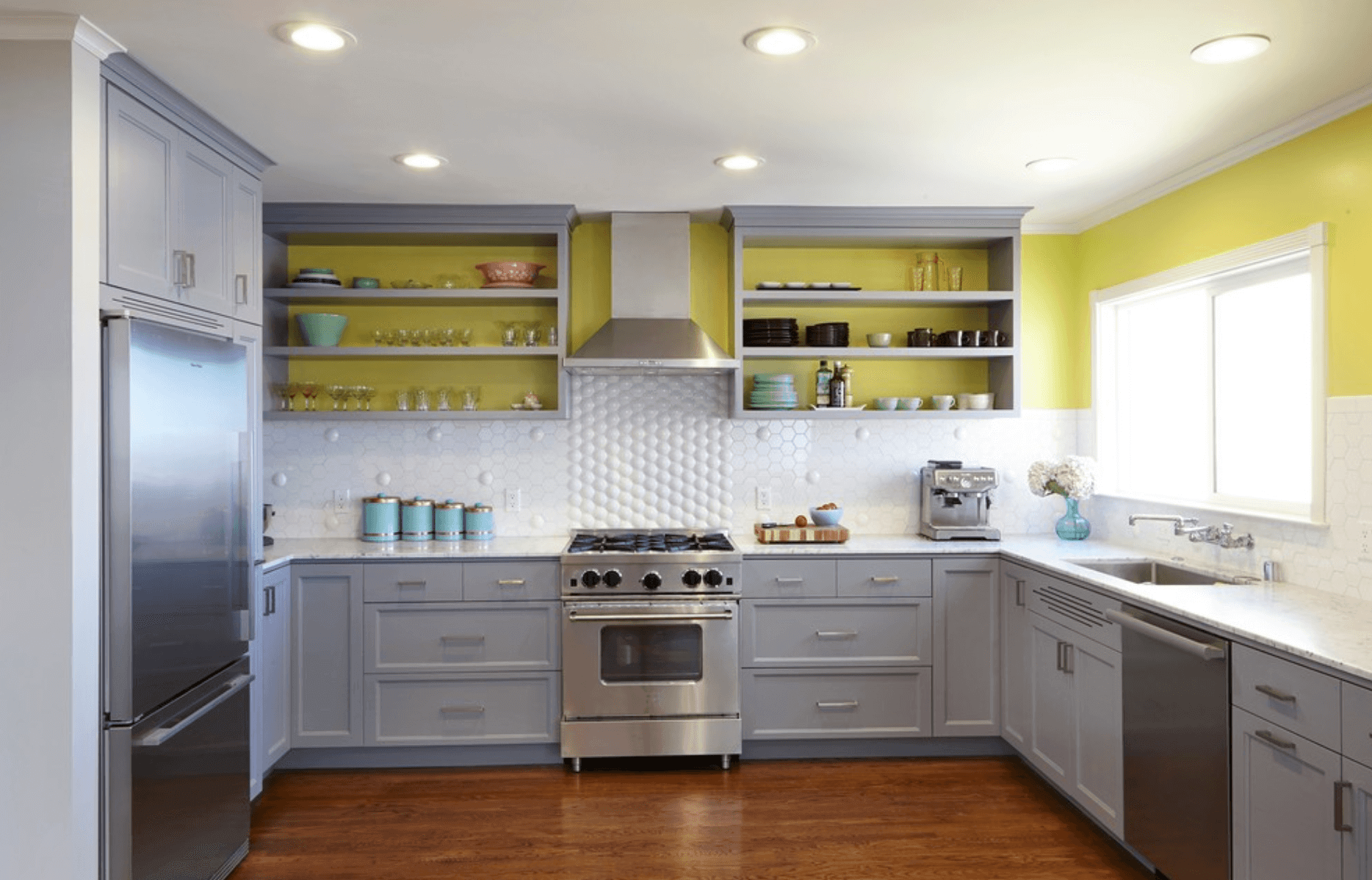 53 Creative Kitchen Color Ideas To Make Your Space Shine Kitchen Backsplash Trends Modern Kitchen Design Inside Kitchen Cabinets