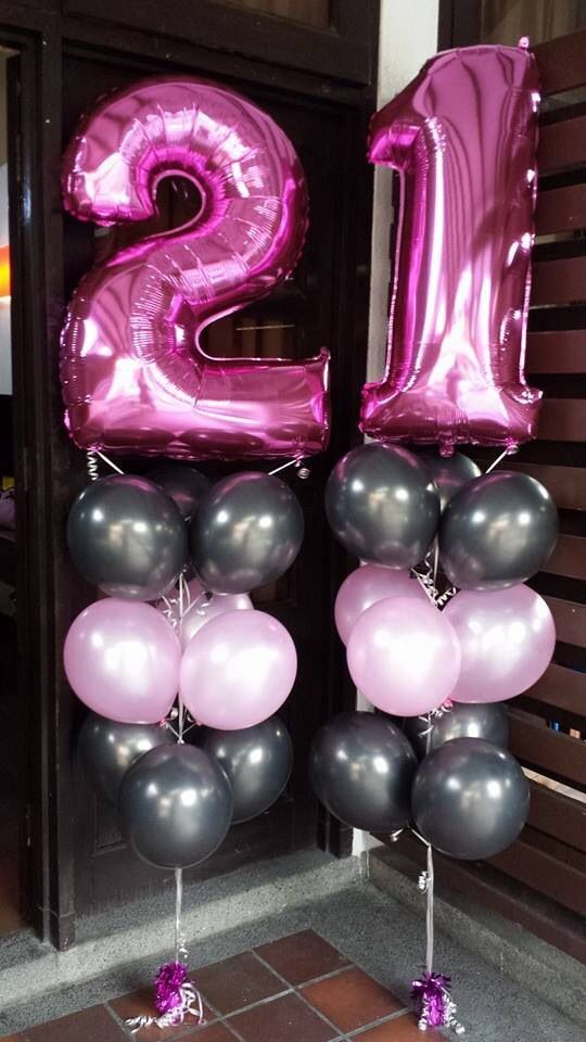 I Would Love These For My Birthday Just Big Balloons In General You Can Get Sofisty Homedecorations 21st Birthday Decorations 21st Party 21st Party Ideas