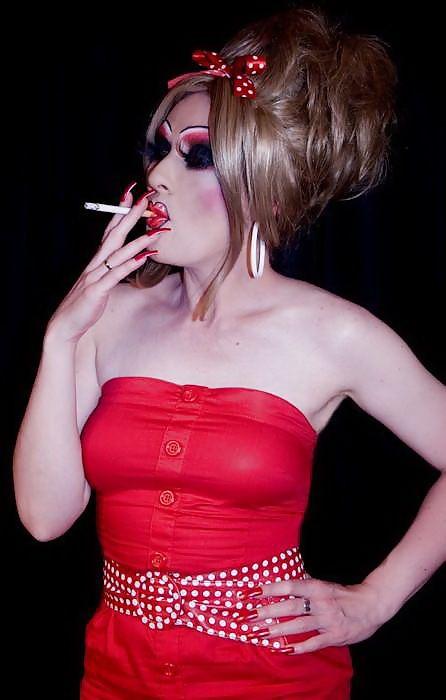 Smoking asian shemale pics