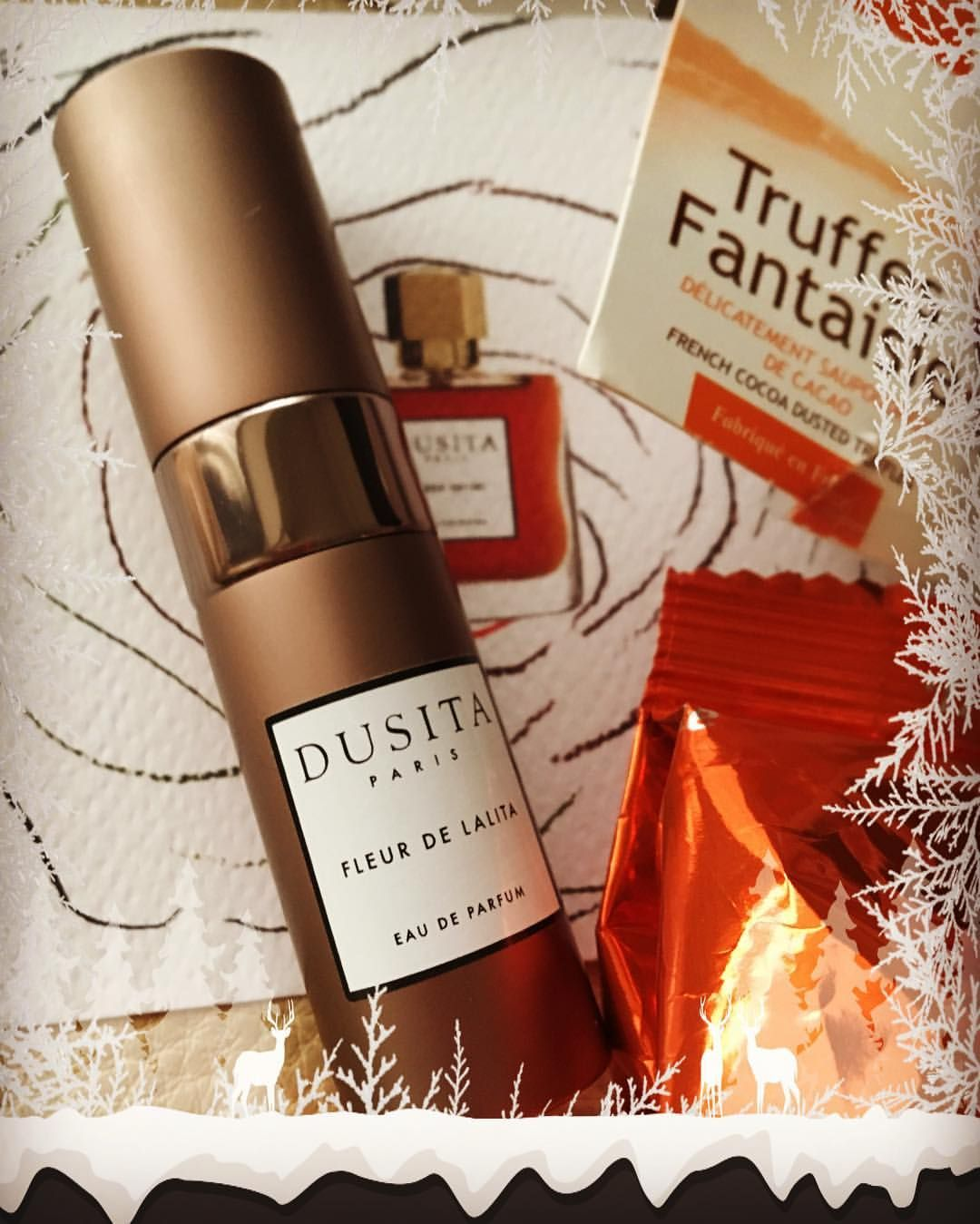41 Likes 6 Comments Passionee De Parfums Cvmoninsta On Instagram Merry Christmas Wishing You Merry Christmas Wishes Christmas Wishes Wine Bottle