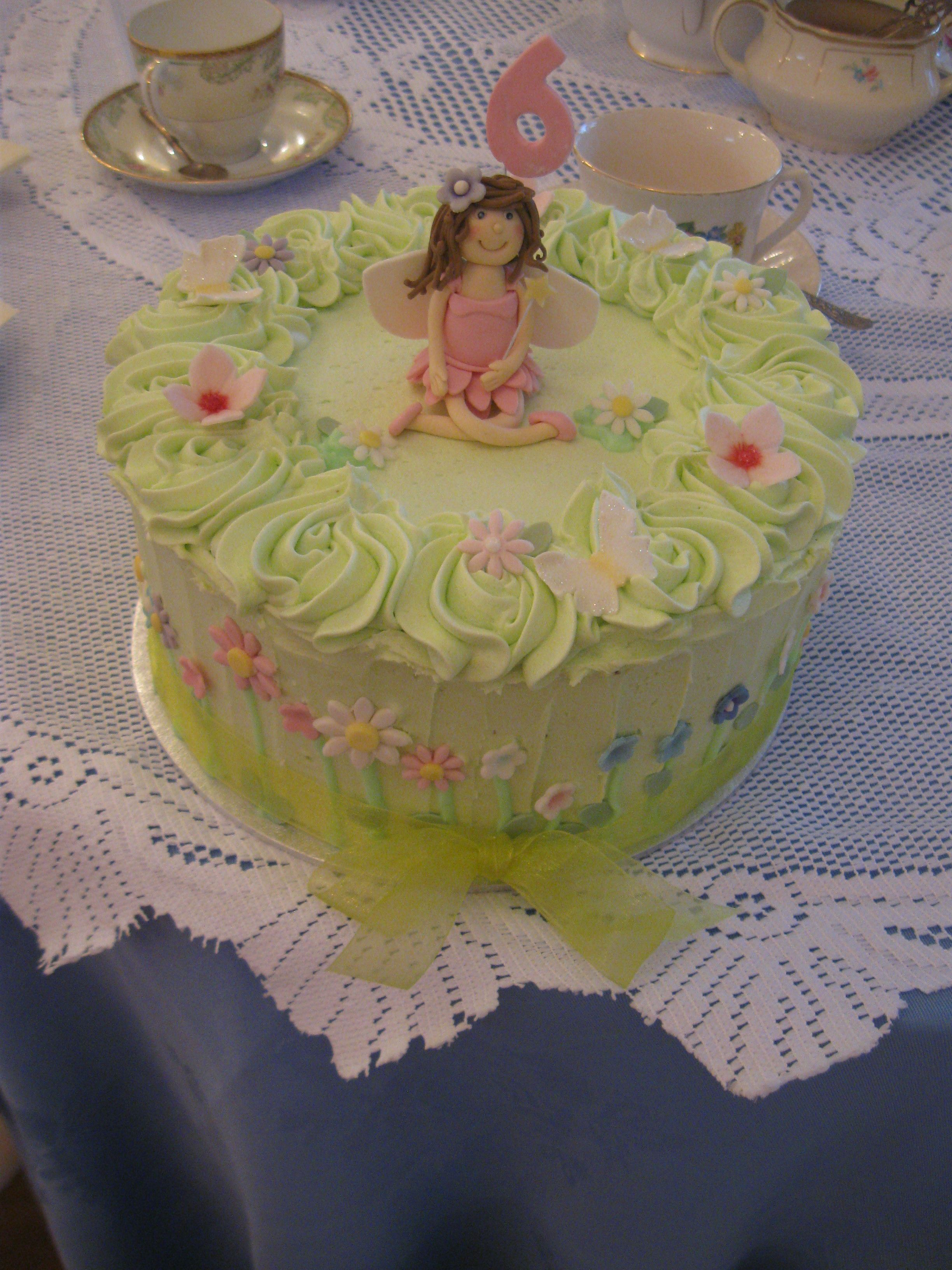Fairy meadow cake with a butter cream finish