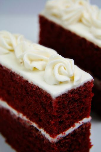 Red Velvet Cakelettes With Cream Cheese Frosting Delicious Desserts Cake Recipe Martha Stewart Yummy Cakes
