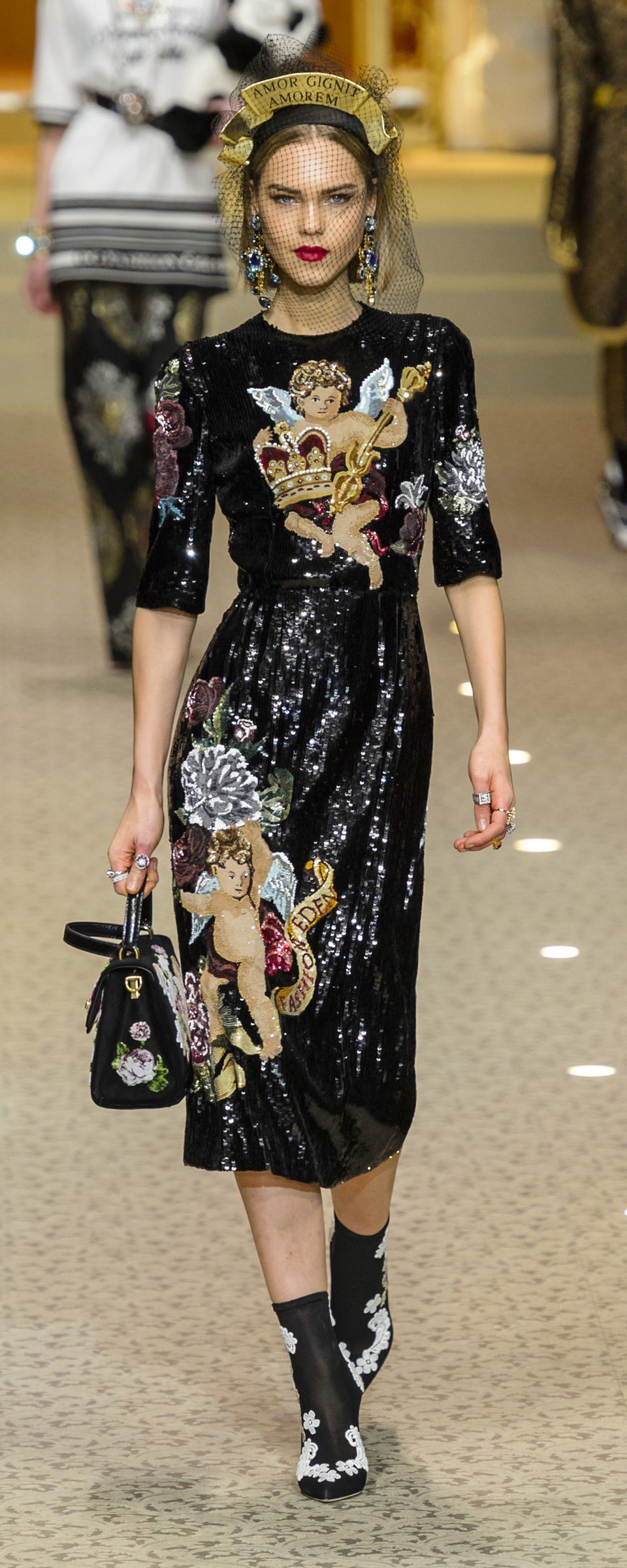 b1f89c28ac Dolce  amp  Gabbana Fall-winter 2018-2019 - Ready-to-Wear