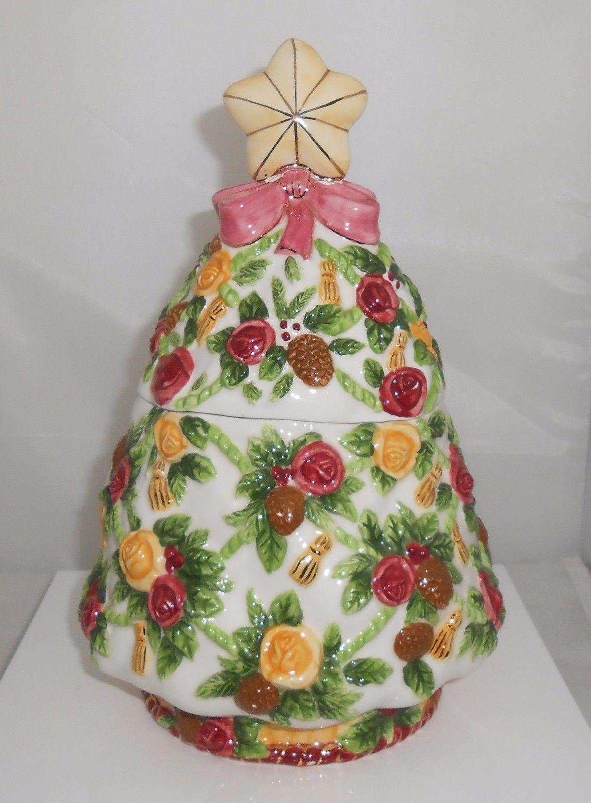 Royal Albert Cookie Jar Old Country Roses Christmas Tree Seasons Of