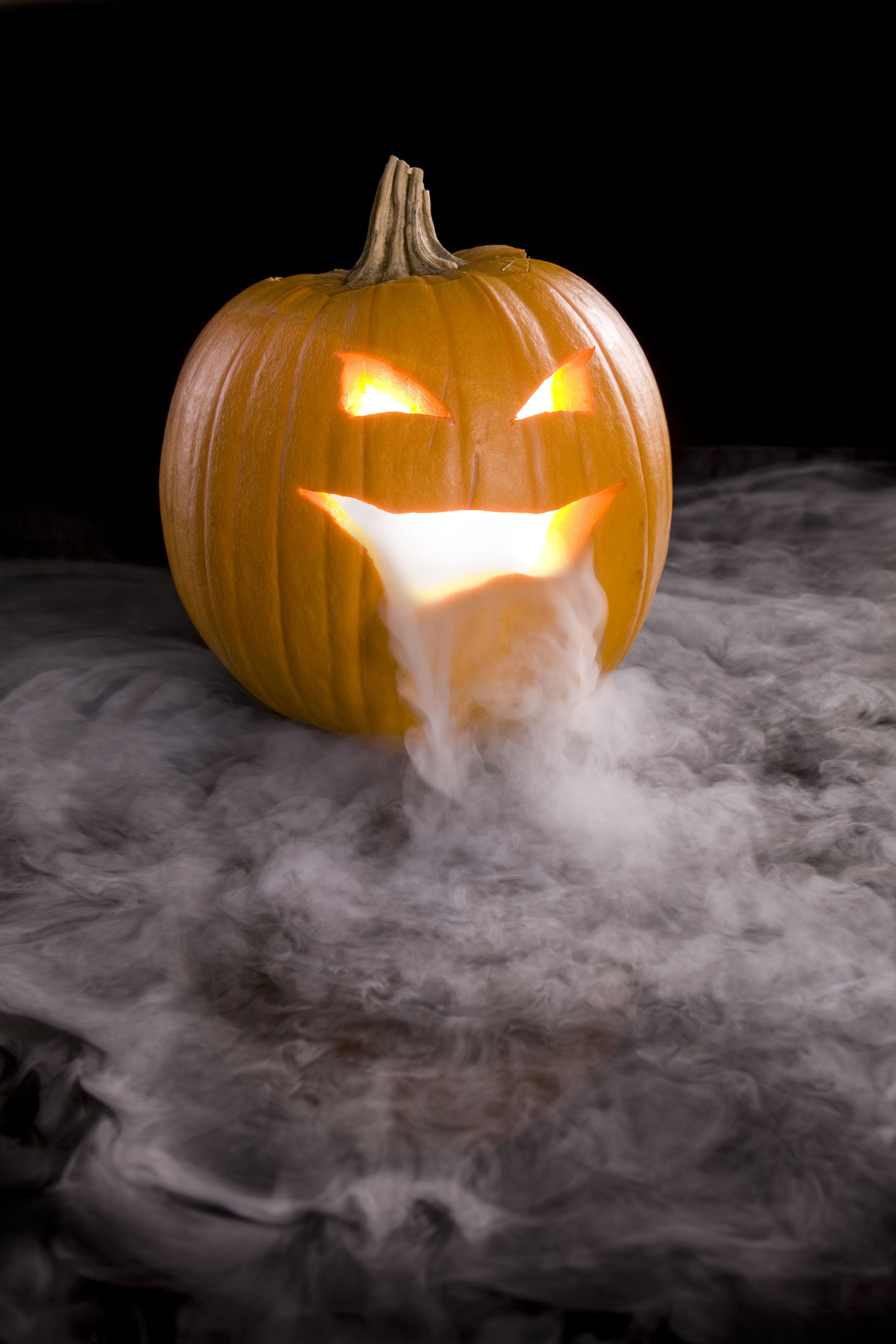 3 Of Our Favorite Ways To Use Dry Ice On Halloween Halloween Pumpkins Carvings Pumpkin Carving Creative Pumpkin Carving