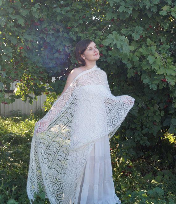 Beautiful hand knit lace shawl, wedding luxury kidsilk ...