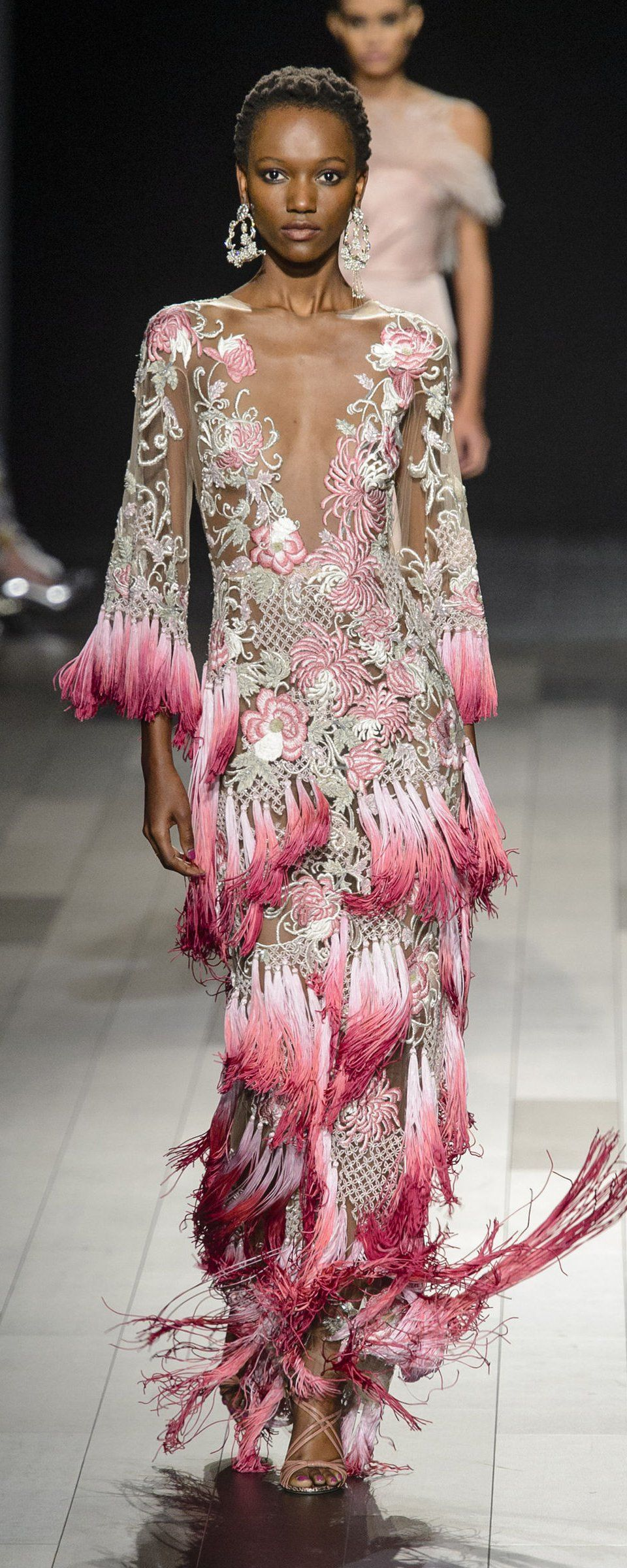 a424b47e0 Marchesa Spring-summer 2018 - Ready-to-Wear in 2019 | Beguiling ...