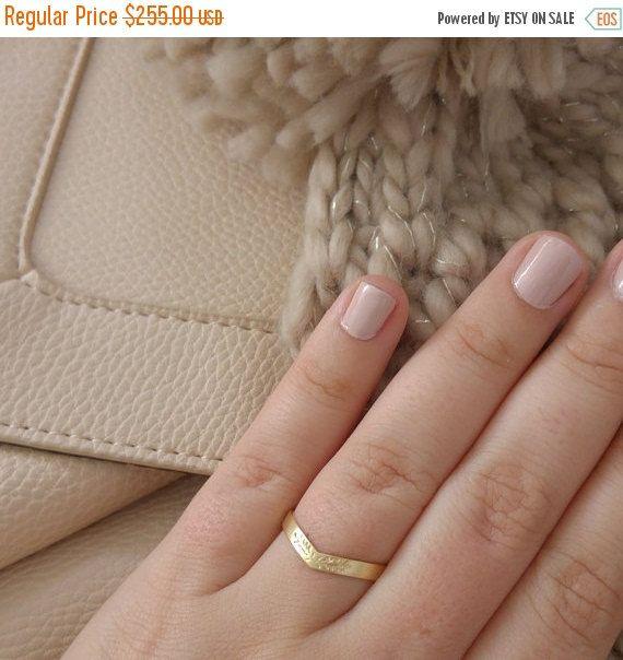 15% off SALE Womens wedding ring Unique wedding by LilyandDahlia