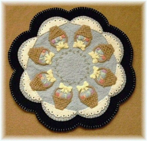 Easter Baskets Penny Rug/Candle Mat pattern