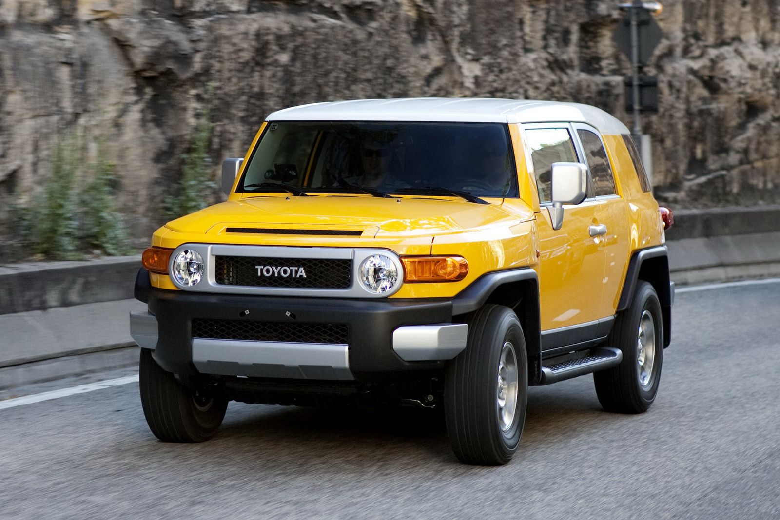 Toyota To Add Fj Cruiser Suv Australian Lineup