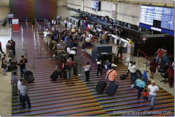 Irse de Venezuela, la decisión más difícil que cada día se incrementa http://www.inmigrantesenpanama.com/2015/05/09/irse-de-venezuela-la-decision-mas-dificil-que-cada-dia-se-incrementa/