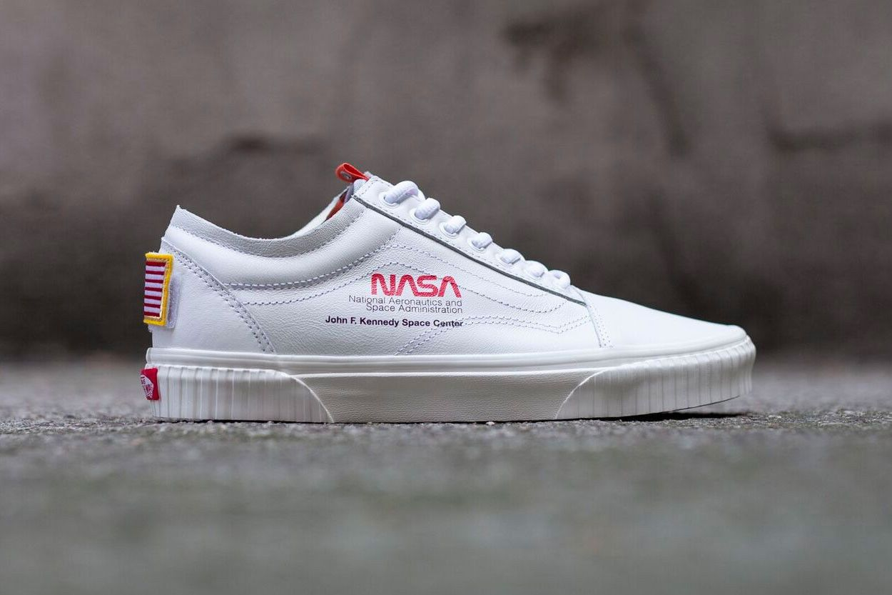 NASA x Vans Old Skool Space Voyager True White | Sneakers