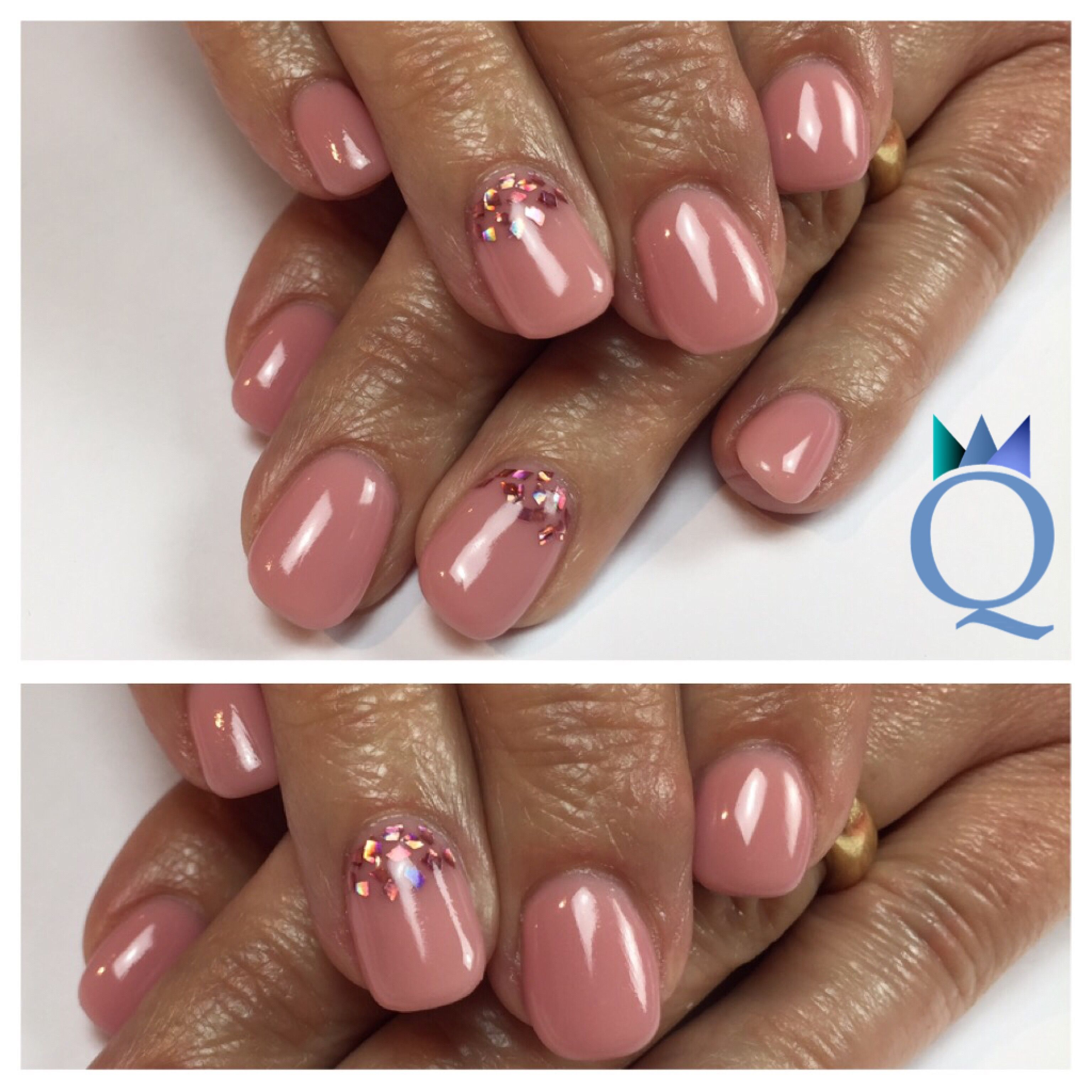 shortnails #gelnails #nails #nude #rose #glitter #kurzenägel ...