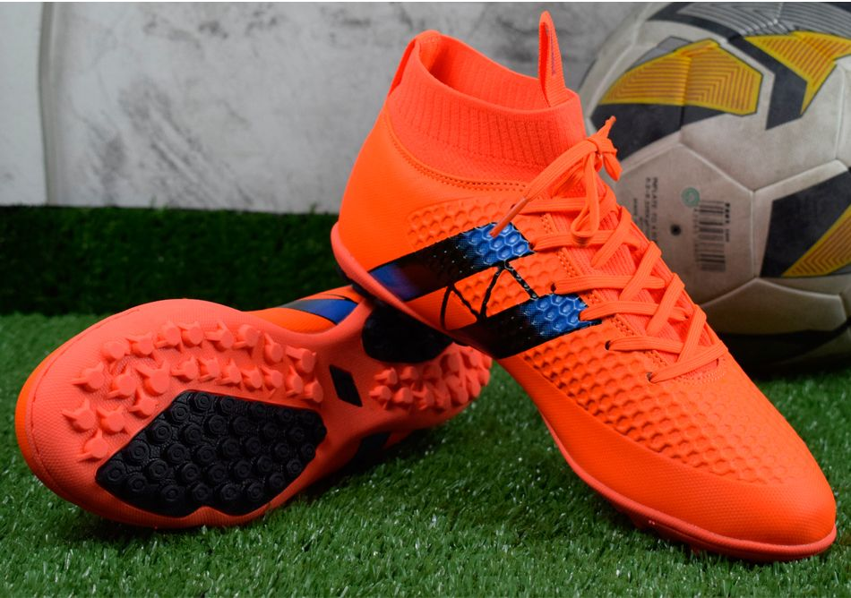 Decorative Cheap Chinese Soccer Cleats Soccer cleats