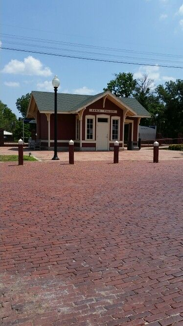 Paul S Valley Oklahoma Train Depot With Images Pauls Valley
