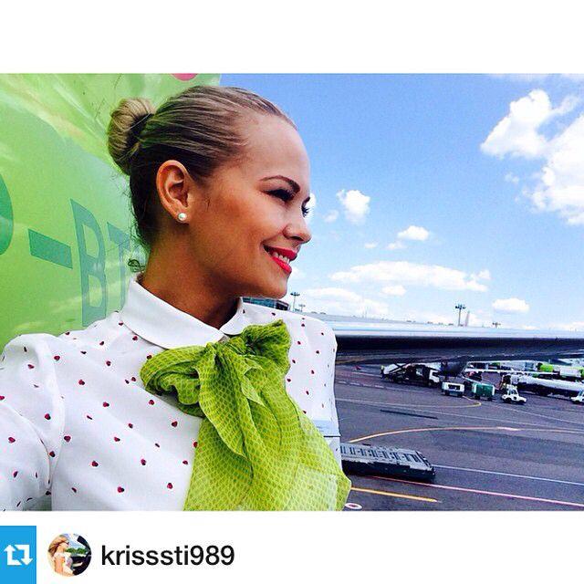 S7 Airlines Stewardess @krisssti989, спасибо за красоту!  Авиакомпания: @s7airlines_official Еще стюардессы компании: #stewardess_s7  Как попасть к нам в ленту? 1. Отметь @topstewardess на своем лучшем фото. 2. Пиши тег: #topstewardess
